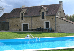 group villa in maine et loire